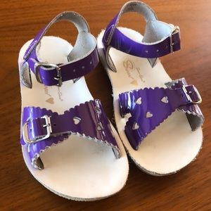 Salt water sandals by Hoy - purple sweetheart
